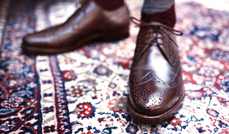 Processo de fabricação de calçados artesanal